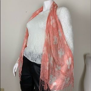 Modena Italian lightweight pink and white scarf
